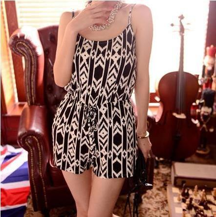 NEW Verão ! Mulheres Moda padrões geométricos com cordão de cintura alta de algodão preto e branco Spaghetti Strap Curto Jumpsuit em Macacões - Feminino de Roupas & acessórios no AliExpress.com | Alibaba Group