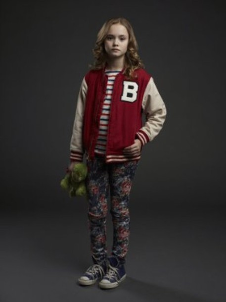 coat hat bo believe tv show fashion varsity jacket red white striped shirt blue floral jeans floral converse high top converse blue converse pants colorful jeans stripes shirt jacket converese skirt