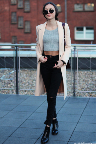 the fashion cuisine blogger coat cropped skinny jeans top jeans shoes bag jewels