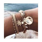 bracelets,gold bracelet,jewels