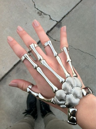 jewels fashion jewelry ring bracelets accessory statement bracelet hand jewelry cool awesomness braclet bones wrist fingers silver skeleton skull hands skull chic emo so awesome beautiful grunge pale accessories silver ring hair accessory skull ring gloves jewelry ring jewelry store online hipster edgy swag style trendy stylish cute summer tumblr alternative girl streetwear blogger goth hipster grunge jewelry grunge wishlist streetstyle goth dope on point clothing hand silver jewelry punk bracelet jewerly cool bracelet