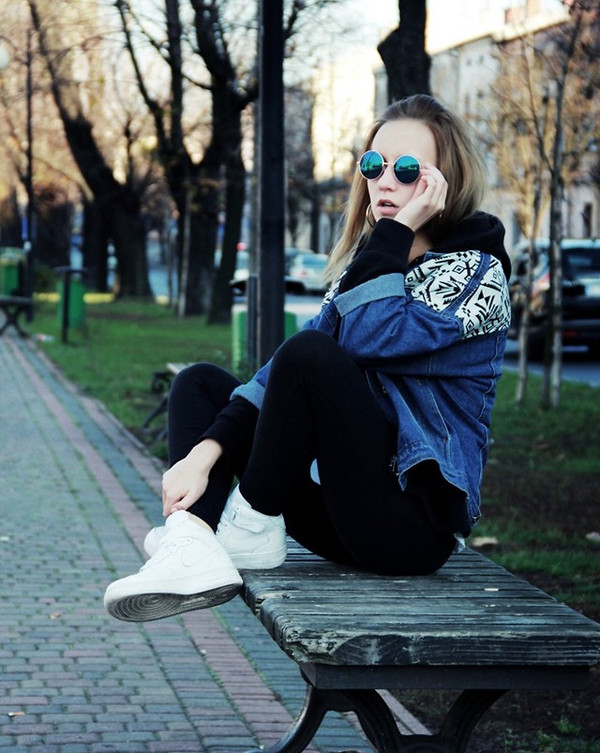 jacket denim denim jacket sneakers shoes pants black sunglasses fall outfits cool streetstyle outfit