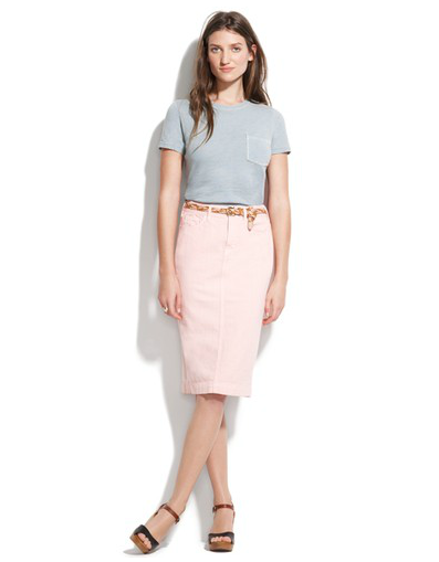 light pink pencil skirt that's simultaneously casual and chic ...
