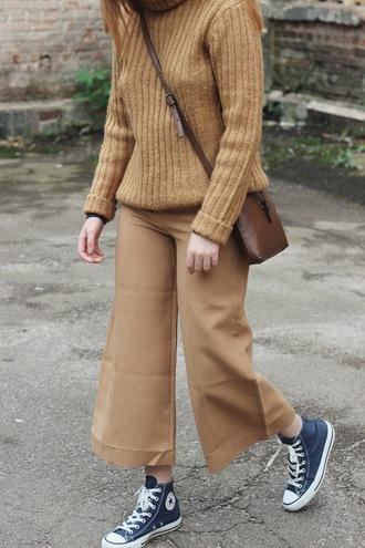 kristina magdalina blogger pants sweater sunglasses bag crossbody bag fall outfits sneakers high top converse turtleneck sweater beige pants