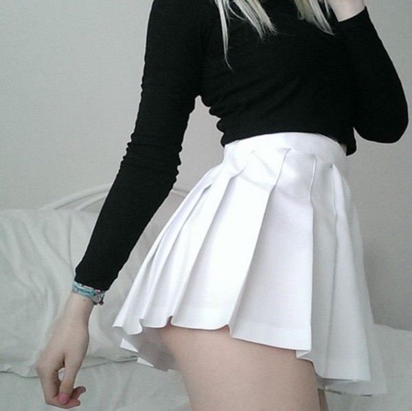 White High Waist Pleated Mini Skirt - Choies.com