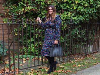 fashion foie gras blogger dress bag shoes belt handbag boots fall outfits fall dress