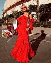 dress,red dress,long dress,sunglasses,polka dots dresds,sbag,bag,flowers,shoes