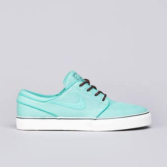 shoes crystal mint stefanjanoskj stefan janoski pretty dope so cute! where do i get these? helpmetofindit teal white love