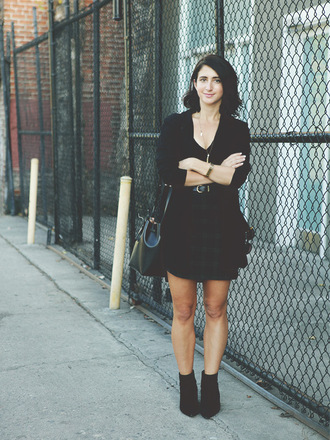 lady a la mode blogger top jacket skirt dress sunglasses shoes bag jewels