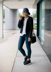 life & messy hair,blogger,hat,shoes,jeans,t-shirt,jacket,jewels,bag,black leather jacket,skinny jeans,cap,sneakers,white t-shirt,spring outfits