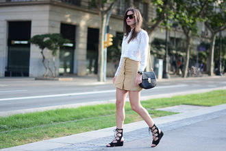 fashion vibe blogger skirt shoes blouse bag sunglasses jewels
