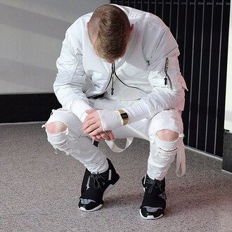 jeans maniere de voir ripped jeans white denim white ripped jeans menswear