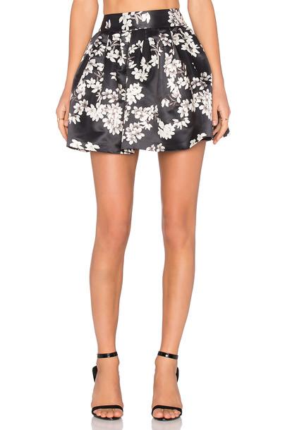 Alice + Olivia Fizer Skirt in black / white