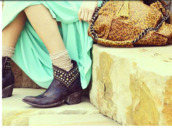shoes,ankle boots,leather boots,studded shoes,western boots,boho