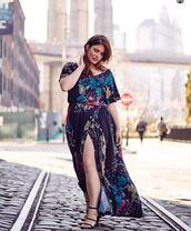 dress,wrap dress,maxi dress,summer dress,sandals,clementine desseaux,model,instagram,curvy,plus size dress,plus size,floral wrap dress