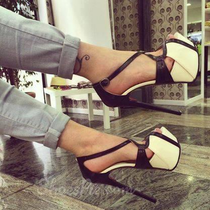Remarkable Contrast Color PU Dress Sandals