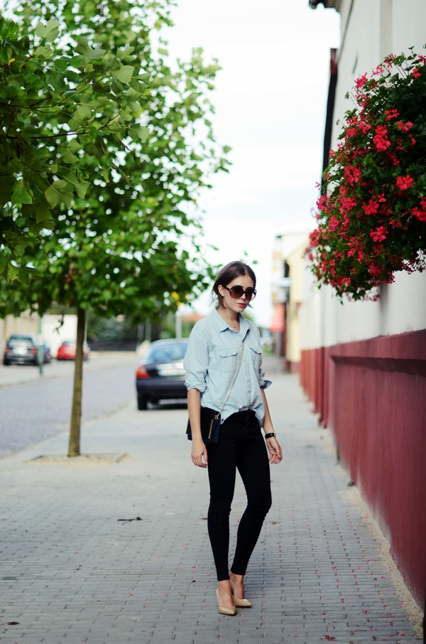 jestem kasia blogger jeans bag sunglasses black jeans denim shirt shirt shoes