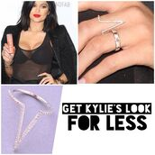 jewels,ring,kylie jenner,celebrity style,jewelry,bling,rings and tings,silver ring,kylie jenner jewelry,keeping up with the kardashians