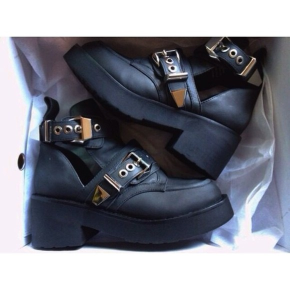 shoes black shoes gold buckles wedges