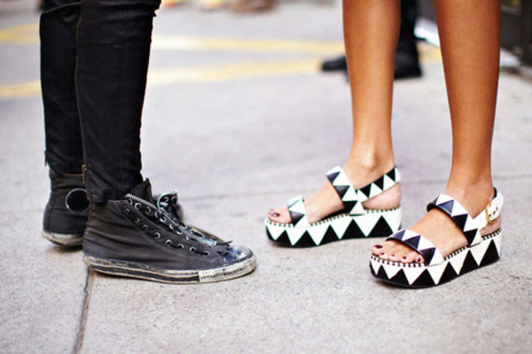shoes sandals wedges triangle black and white heels black and white heels platform shoes black shoes white shoes black platforms white platforms geometric flatforms holographic platform shoes monochrome black white triangles zig zag strappy