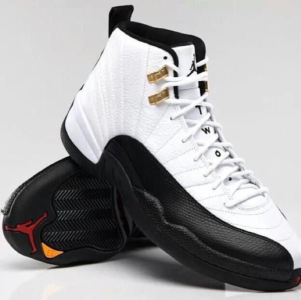 shoes white sneakers air jordan taxi taxi jordans