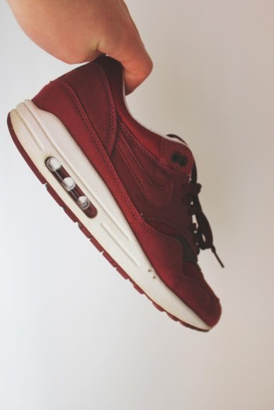 shoes sneakers red nike nike sneakers nike air max 1 nike air max high top sneaker leather wihte