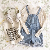 sweater,shorts,short overalls,converse,tote bag,round frame glasses
