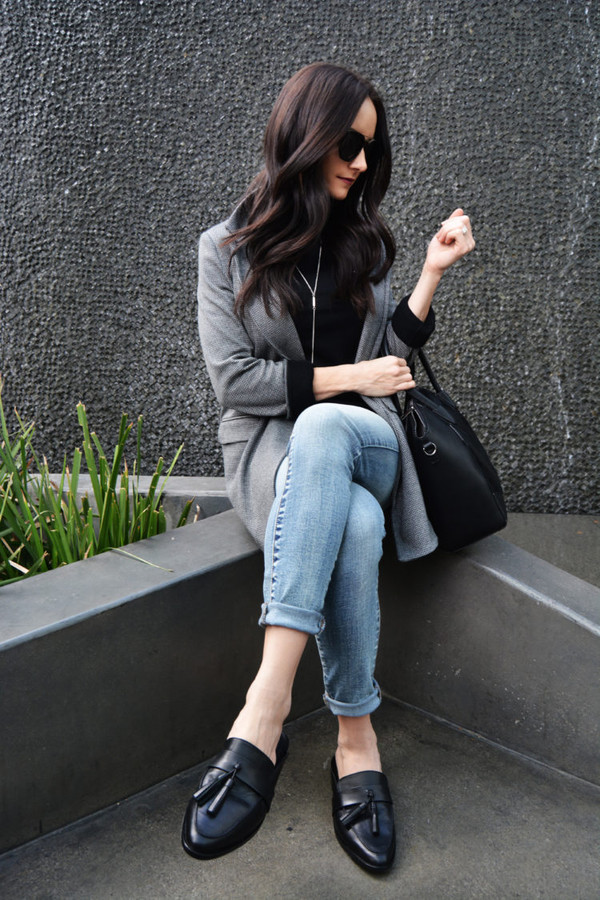 outfits&outings blogger shoes jacket jeans sunglasses bag