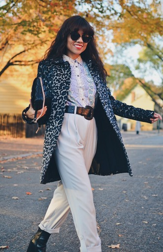 mysmallwardrobe blogger coat top pants shoes sunglasses bag belt jewels fall outfits white pants black bag