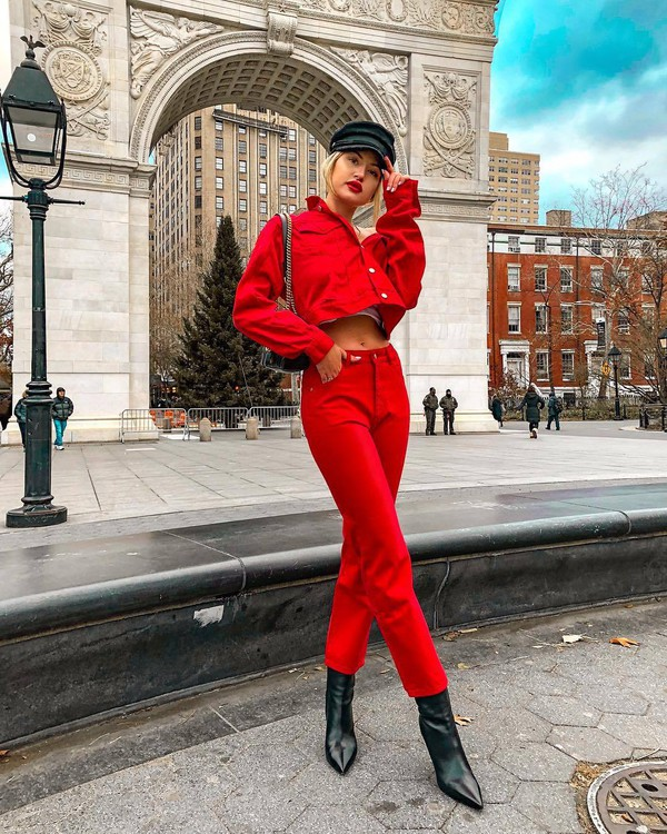 jeans red jeans black boots heel boots red jacket denim jacket black hat