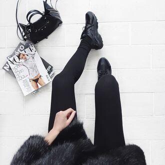 shoes tumblr huarache nike nike sneakers black sneakers sneakers black leggings leggings coat fur coat bag black bag magazine