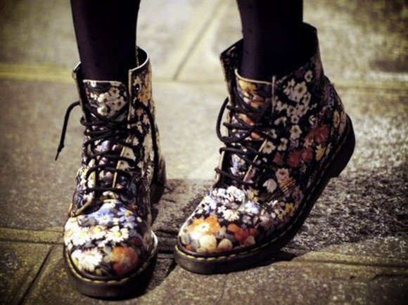 shoes DrMartens doc marteens flowery flowers