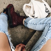 shoes,combat boots,boots,jeans,jewels,denim,denim shorts,denim overalls,bag,tote bag,DrMartens,burgundy,ripped jeans,ripped,blue,grunge,demin,boyfriend jeans