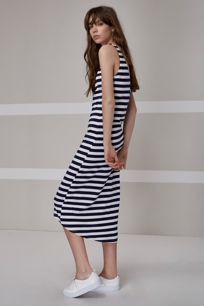 The fifth dress navy white