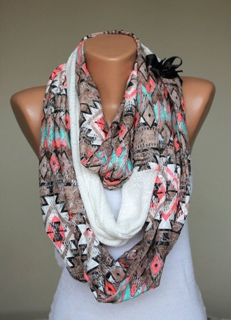 scarf aztec with a black bow
