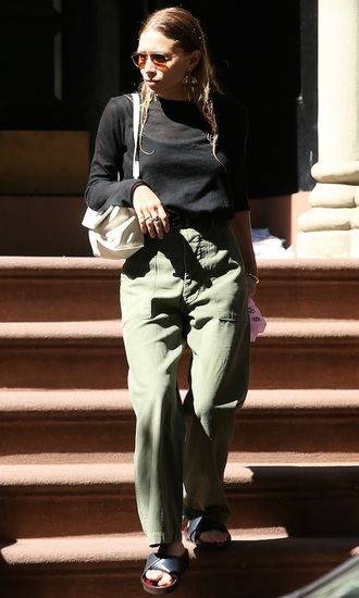 olsen sisters blogger sunglasses sweater bag pants panties ashley olsen top sandals shoes