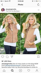 jacket,brown,tan,quilted vest,faux fur vest,vest,furry hood,fashion,quilted