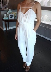 pants,white jumpsuit,white,white pants,jumpsuit,jump suit,shirt,v neck,dress,one piece,feminine,classy,formal,top,cute,girly,jumper,style,hot,gorgeous,clothes,sleeveless,romper
