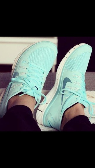shoes tiffany tennis athletic nike free run arctic blue nike free run 5.0 nike tiffany blue shoes running blue shoes free runs nike nike free run 5.0 blue nike light blue
