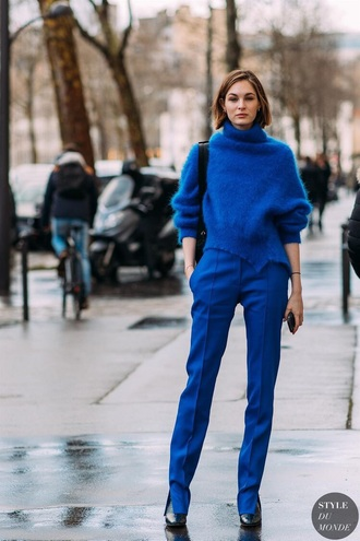 sweater blue sweater knit turtleneck sweater pants blue pants knitted sweater streetstyle