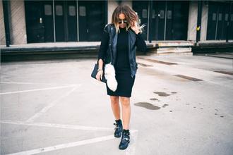 fanny lyckman blogger cut out shoes vest
