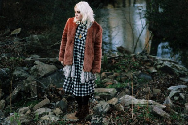 styles by hannah riles blogger dress faux fur vest gingham coat shoes tights