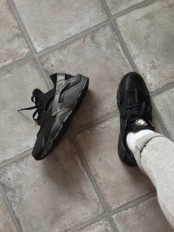 shoes huarache nike black sneakers