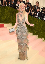 dress,fringes,poppy delevingne,metgala2016,red carpet dress,metallic,silver,silver dress,statement necklace,met gala,lace dress,clutch