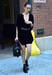 dress,shirt dress,belt,boots,bella hadid,model off-duty,sunglasses,purse,make-up,streetstyle,all black everything,mini dress