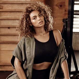 tank top beyonce beyonce fashion beyonce tshirt black crop tops cropped army green jacket celebrity style ivy park