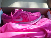 shoes,trainers,sneakers,nike,pink,purple,neon,running,fitness,lace up