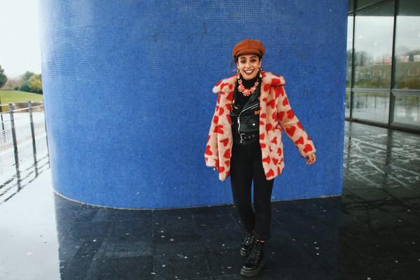 let's get flashy blogger coat jacket hat jeans shoes jewels