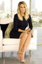 lauren conrad,blogger,sandals,black dress,classy,jewels,dress,shoes