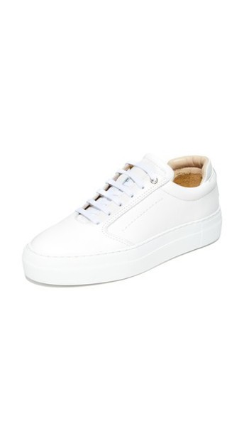 WANT LES ESSENTIELS Lalibela Sneakers in white